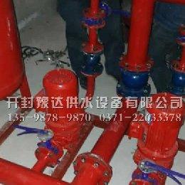 安装好的消防供水设备管路