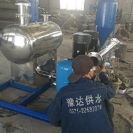 无负压供水设备生产现场