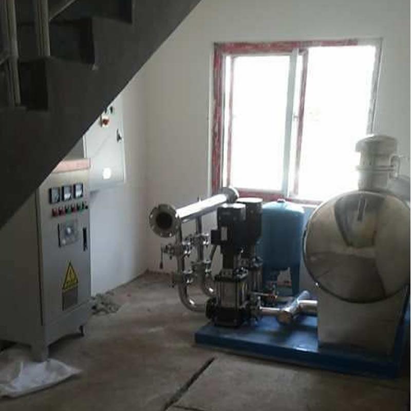 鹿邑自来水公司安装的无负压供水设备